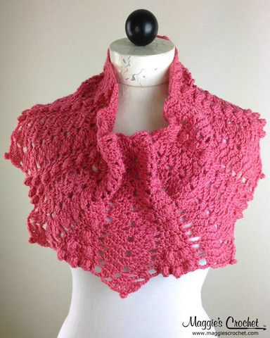Crochet pattern for this beautiful cowl in pink