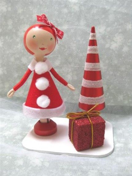 Wooden Clothespin Christmas Doll - Miss Claus