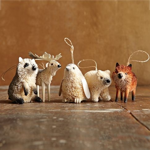 Bottle Brush Ornaments - I am crazy about these little guys