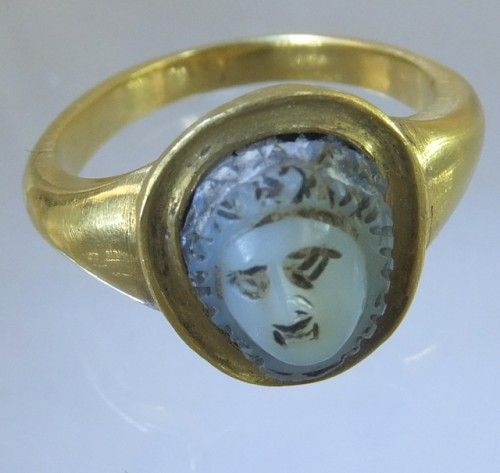 Ancient Roman cameo of Medusa in modern gold ring. The cameo is ca. 3rd century A.D.