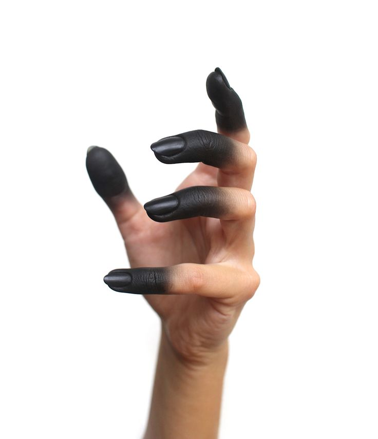 Oops…I accidentally touched my soul… Smoky, Velvet Matt fingertips will do the trick on Halloween. Don't you think?  #isadoramakeup #colorista #halloweennails #notd #halloweenmakeup #manicure #motd #halloween #nailart #naildesign #VelvetMattNails