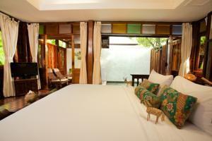 Chaweng Garden Resort, Chaweng Beach, Thailand - Booking.com