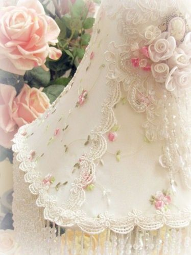 Pretty, beaded, lace and rosette lamp shade~❥