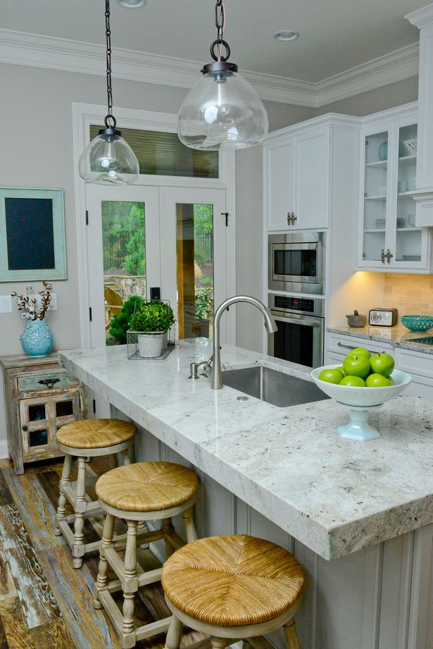 river white granite for countertops - finally something that looks like marble, but is durable. WANT!