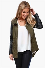 Recruit Jacket in Olive