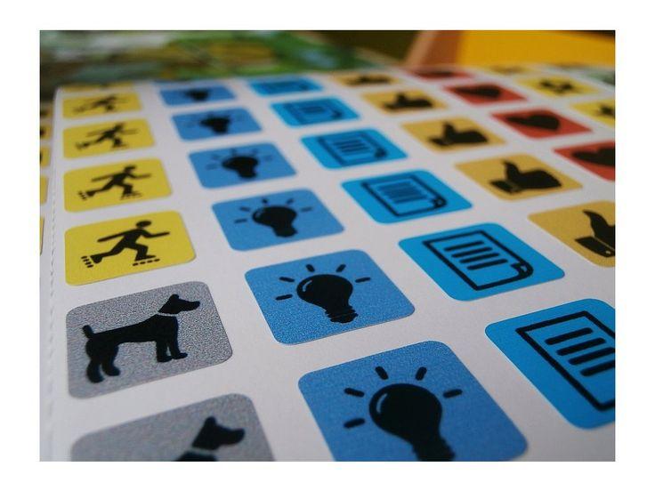 Samolepky do diářů a kalendářů, 330 kusů . 330 samolepek velikosti 14 x 14 mm, tisk na kvalitní vinylové fólii.
