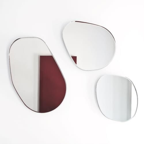 Sovet - Gocce Di Rugiada 15 Mirror  Gocce di rugiada is a collection of instantly identifiable mirrors. Organic curves and soft lines mimi...