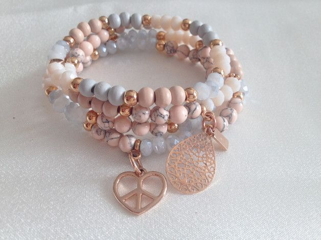 *UNIKAT* Armband aus diversen Perlen, gefädelt a…