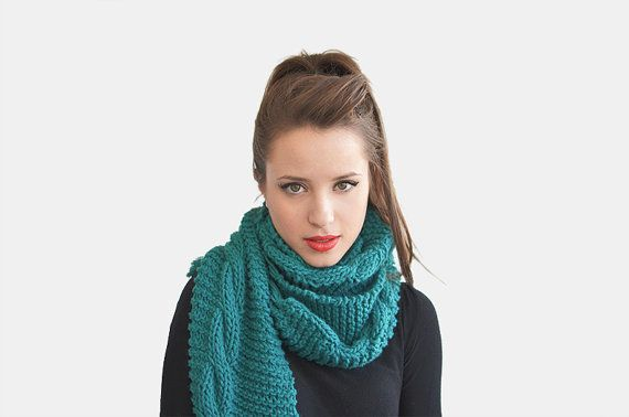 Cable Knit Scarf With Fringes, Chunky Hand Knit Scarf in Teal, Womens Wool Scarf, Blue Green Winter Scarf, Custom Color / Hand knitted