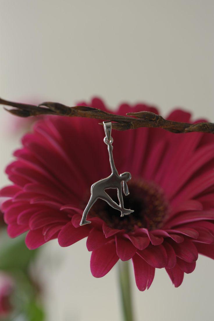 Jewel Parivrtta Trikonasana Reversed Triangle silver pendant - Finding the right direction in life | Obrácený Trojúhelník - Nalezení životního směru