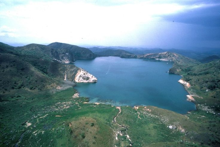Disaster: An eruption of lethal carbon dioxide gas from Lake Nyos in Cameroon kills nearly 2,000 people and wipes out four villages on 21 Aug 1986.