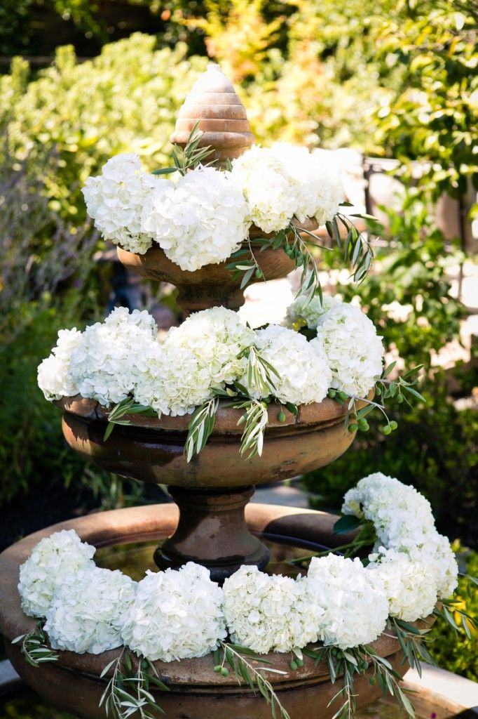 27 Best Fountain Decor And Flowers Images On Pinterest 640 x 480