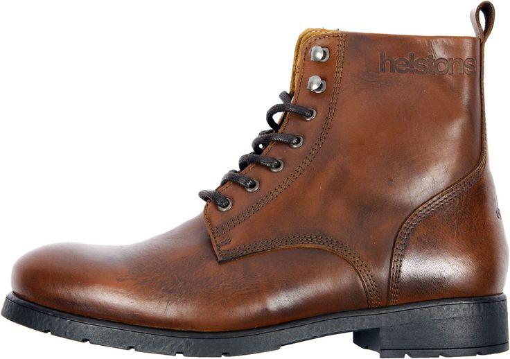Sans aller jusqu'à la botte moto, les Helston's City adoptent un look urbain typé boot