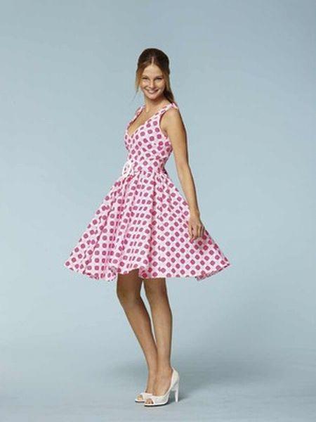 Burda naaipatroon, 50 -er jaren jurk, maat 32-44