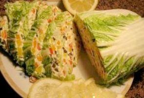 Закуска из пекинской капусты с сырной начинкой