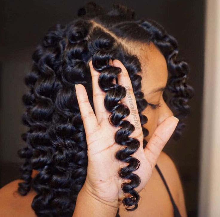 Flawless definition @naturallychea Read the article here - http://blackhairinformation.com/hairstyle-gallery/flawless-definition-naturallychea/