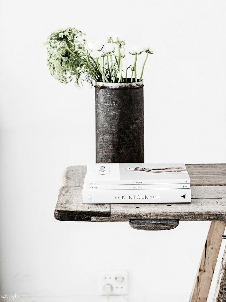 die besten 25 holztisch mit glas ideen auf pinterest holztisch glas zur ckgeforderte. Black Bedroom Furniture Sets. Home Design Ideas