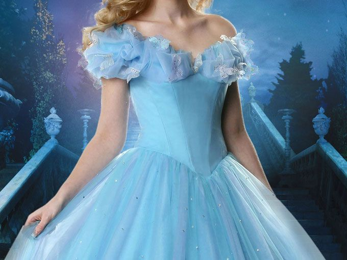 La pequeña Jesse Nagy, de 4 años, tenía miedo de vestirse como Cenicienta pues temía que fuera la única que acudiría a ver la película vestida de princesa… Pero su tío hizo ESTO: