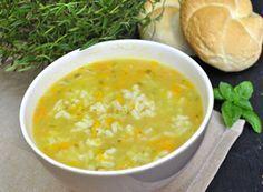 Zupa ogórkowa z ryżem | Przepisy Kulinarne