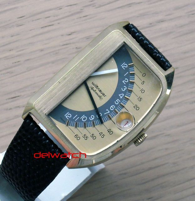 Wittnauer Futurama Jump Hour Digital Retrograde Watch Sector Flyback Hands 1972 - vintage watch