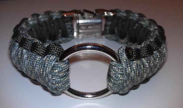 Black Widow O-Ring Paracord Bracelet (http://www.getcorded.com/black-widow-o-ring-paracord-bracelet/)