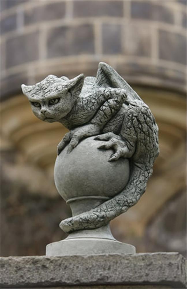 Buy Campania International Oscar Garden Statue