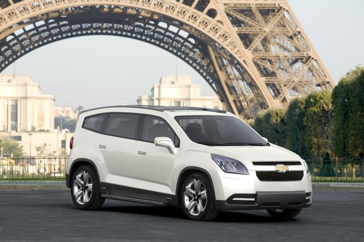 The Orlando Concept hints at a new production MPV for the Chevy brand. The 7-passenger Orlando Concept is based on a modified Delta II platform, the same platform that the Cruze is built on.  The concept is powered by a 150 horsepower 2.0L diesel engine. It also features solar panels on its roof and an ice blue interior lighting theme.