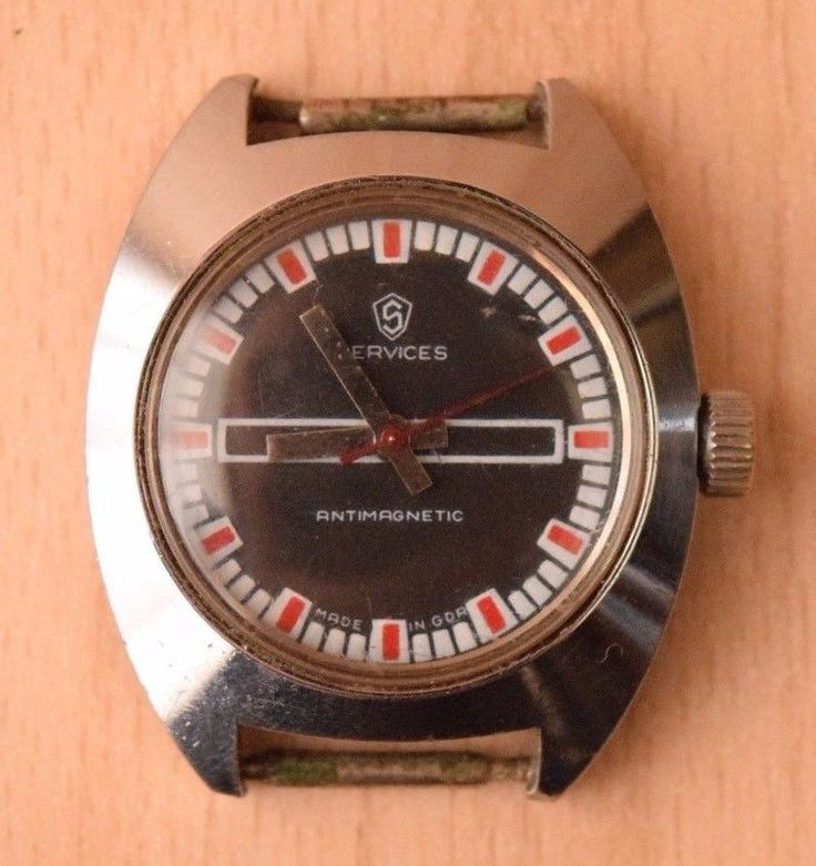 Vintage Collectible Military German Men's Wrist Watch Services Antimagnetic GDR #Sevices #Military