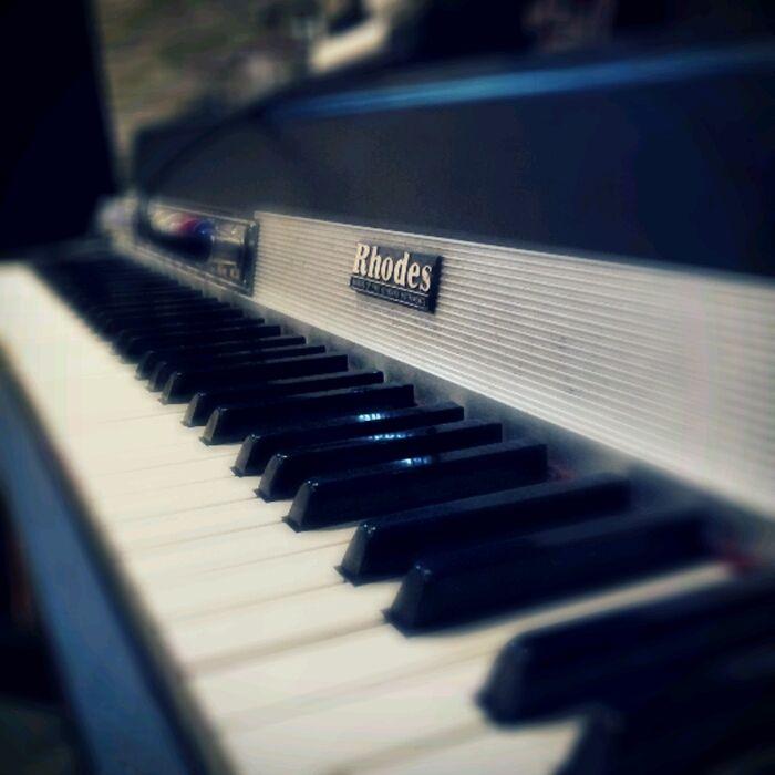 || Rhodes || Shooting UNA recording @ Duna StudioDunas Studios, Music Instruments, Shoots Una, Una Records, Music Room, Beautiful Pictures