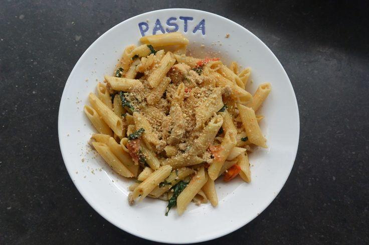 Géraldine en cuisine: Penne au filet de dinde, épinards et tomates cerises