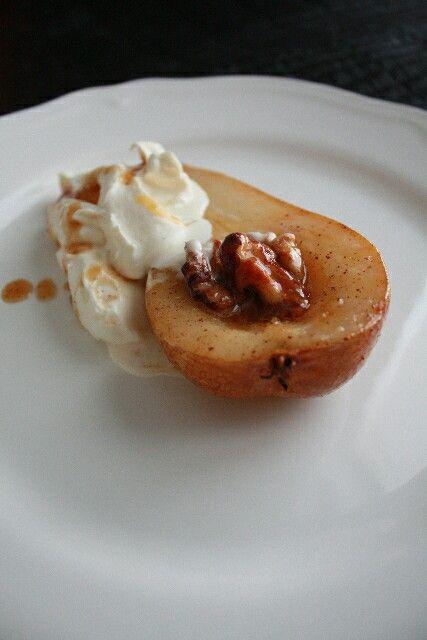Baked Pear with Mascarpone Cream