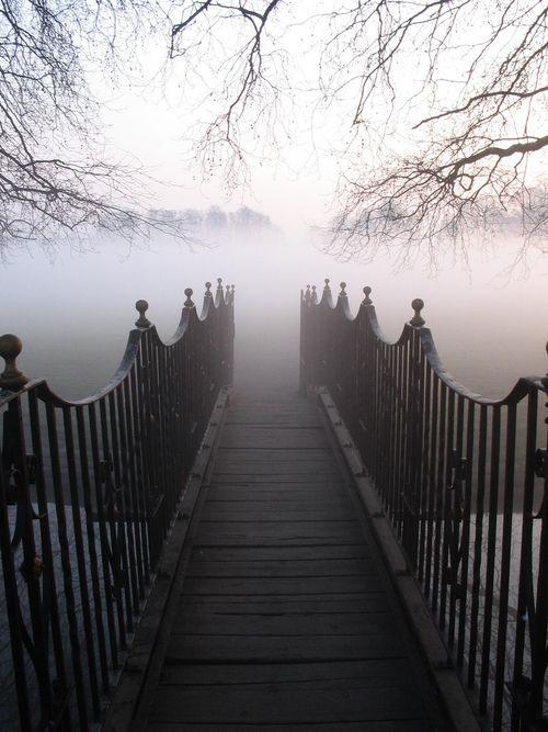 Fog Bridge / Twickenham, England