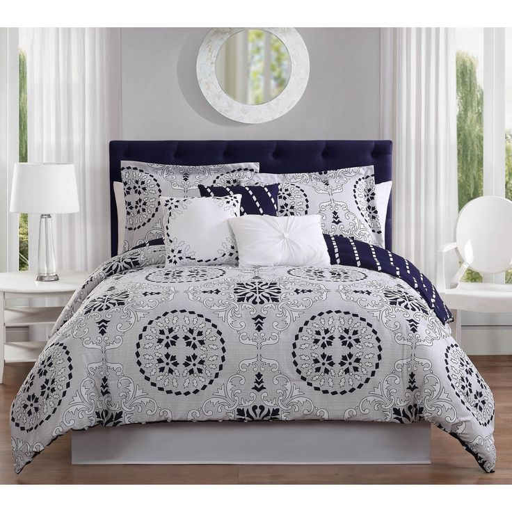 Studio 17 Bailey 7-Piece Reversible King Size Comforter Set