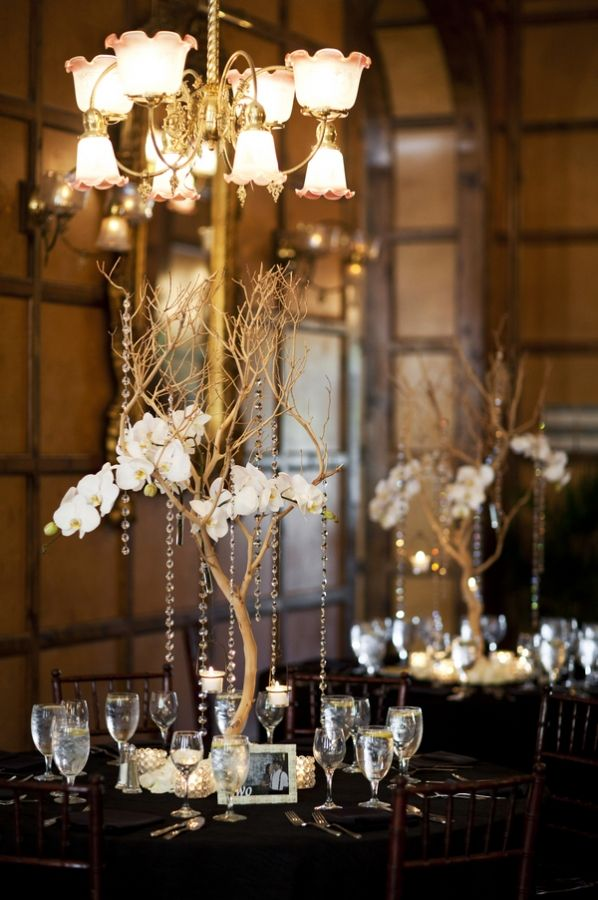 10 best ideas about crystal centerpieces on pinterest for Wedding reception centrepieces
