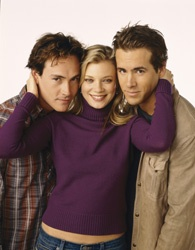 Chris Klein, Amy Smart, and Ryan Reynolds in 'Just Friends.'