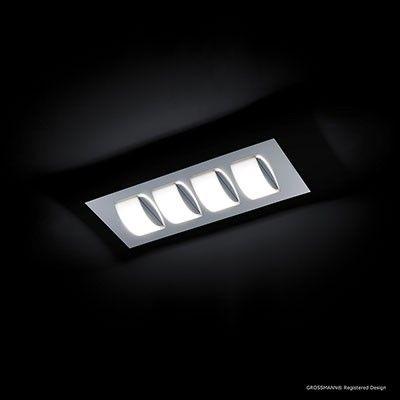 Plafonnier quatre lumières LED  finition chrome  Luminaire d'une élégance classique, COBA agence divers éléments lumineux arqués pour diffuser une lumière douce et homogène. Existe en finition Chrome  Eclairage LED intégrée