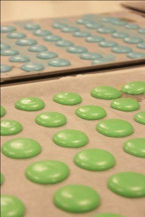 I Macarons, la guida pratica con fotografie dettagliate e spiegazioni chiare per la loro realizzazione. A cura di Chef Sergio Maria Teutonico