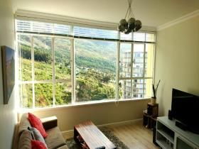 1 Bedroom Apartment / flat for sale in Vredehoek - Cape Town