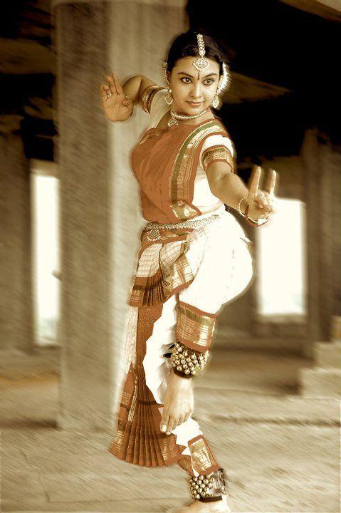 The divine Rajashree Warrier, Bharatanatyam Indian Dancer.
