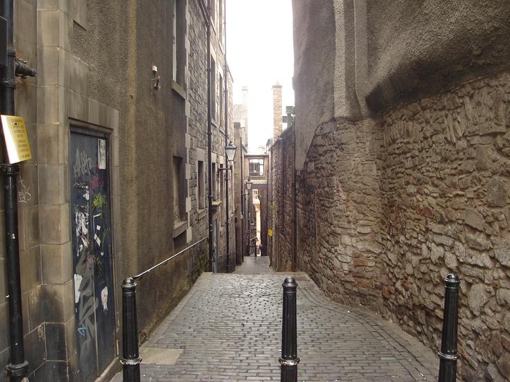 Alley - Edinbourgh  Scotland