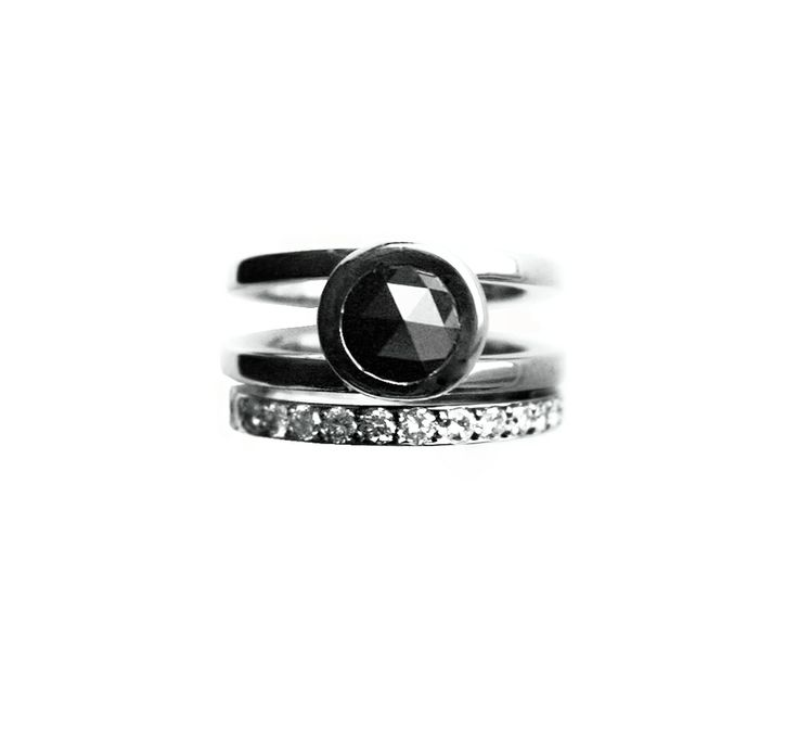 Queen of Spades ring by Anniina Dunder-Berg 2013