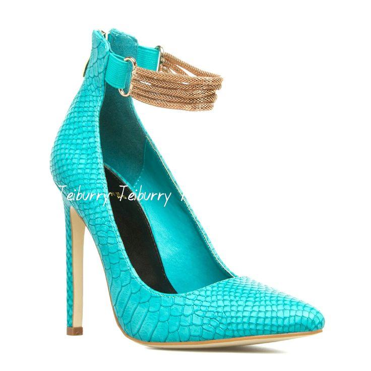 Turquoise Shoe R680