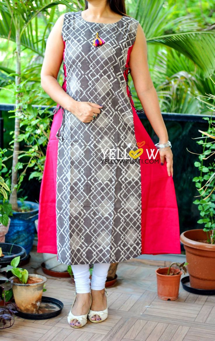 Printed Kurti with side tie ups .No side slits Sizes - S  M   L  XL Price - 1399 INR Kindly write to us at teamyellow@yellowkurti.com  14 June 2017