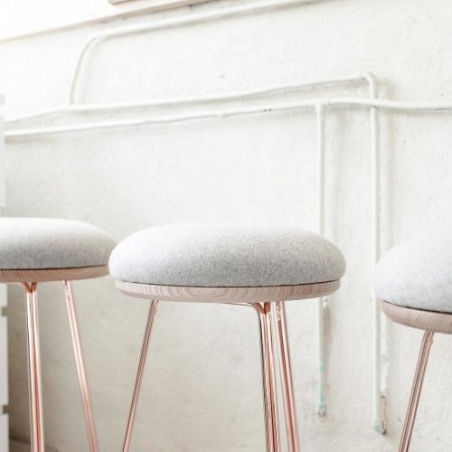 25 best ideas about copper bar stools on pinterest copper stool copper restaurant and - Applying the pretty copper accessories into your kitchen ...