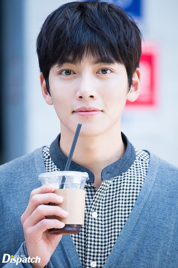 Omg, look at this handsome face!!!! #jichangwook #jcw