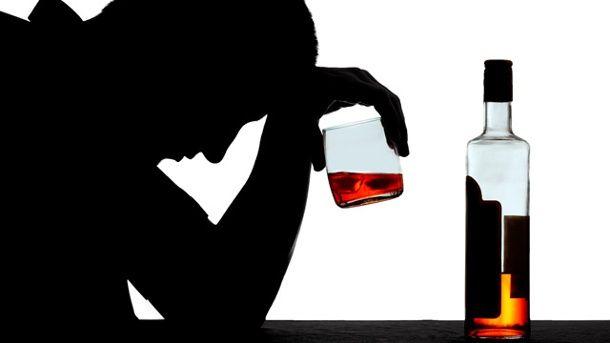Orang dengandiabetesharus sangat berhati-hati ketika minum alkohol.Kenapa? Karena efek alkohol dapat membuat kom....