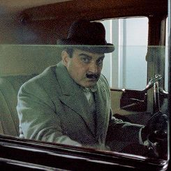 Touch GiF: Poirot LOL...