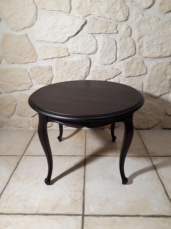 Table Basse Ronde En Bois Massif Patinee A L Ancienne Table