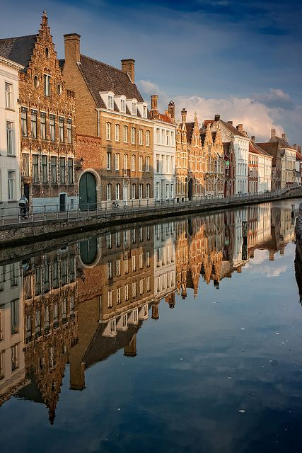 Bruges, Belgium- learn how to travel the city on a budget (if you're broke like us): http://www.citiestalking.com/
