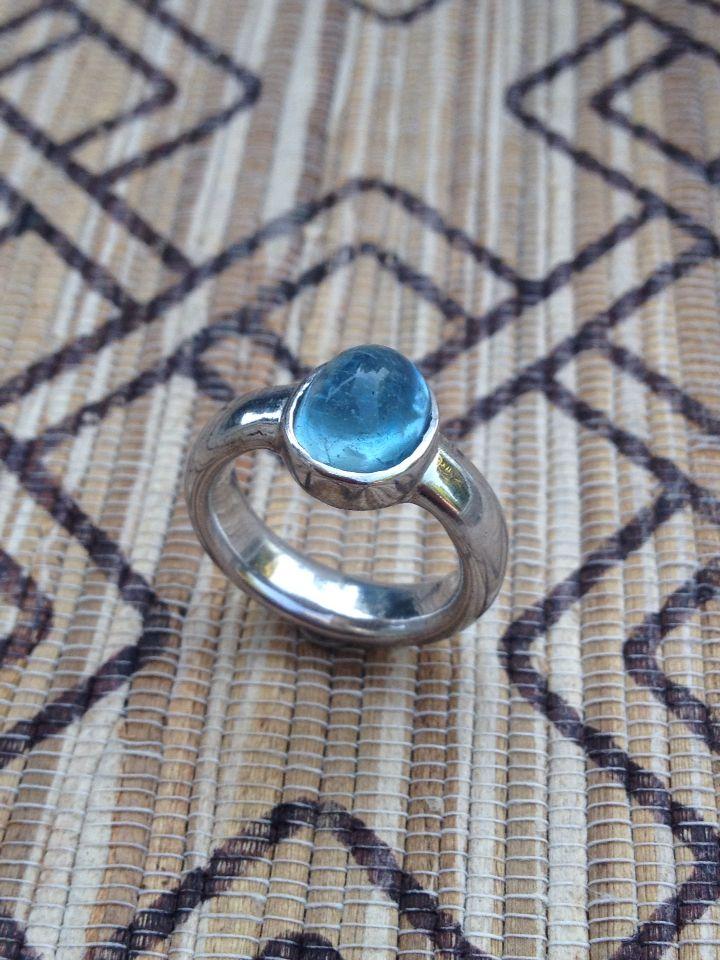 "Aquamarine from Myanmar on sterling silver ""Kritayawan serie"" birthday gift for my wife. #luwibonardesign #lubondesign #birthdaygift #aquamarine #rings #gems #preciousstone"
